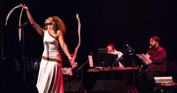 Marie Trezanini en spectacle